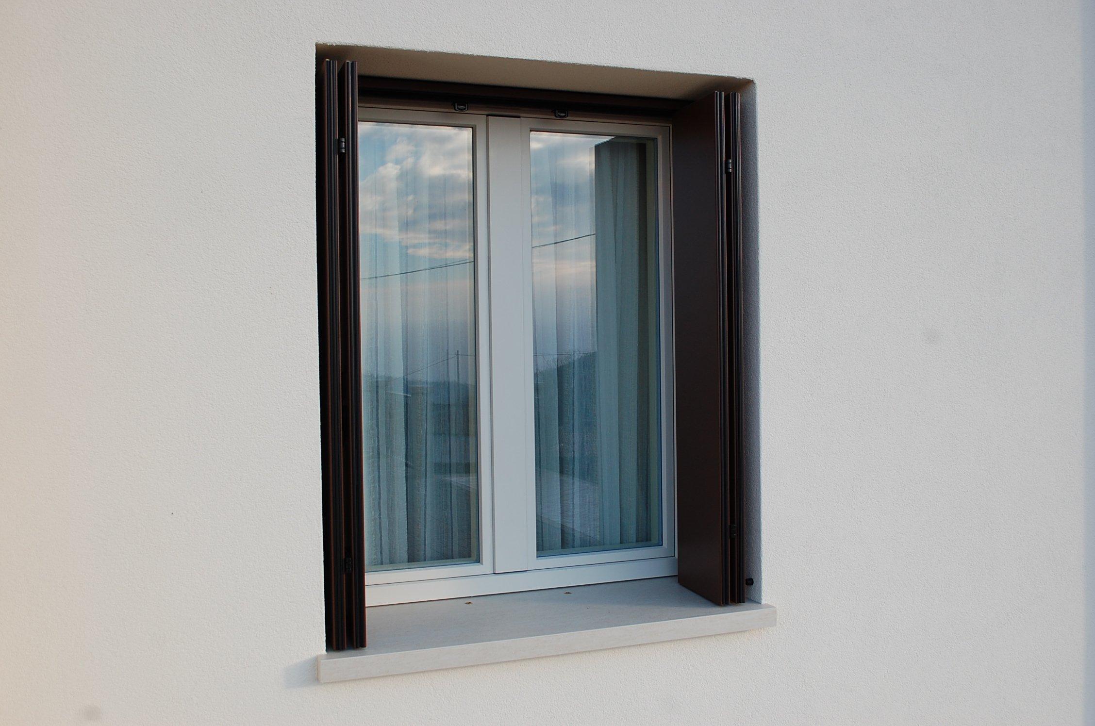 Davanzale coibentato falegnameria cortese - Condensa su finestre in alluminio ...